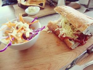 Mi sandwich comestible del Subway es el de albóndigas--Pero el de acá es tanto mejor. Aunque la próxima vez será grilled cheese de nuevo :P